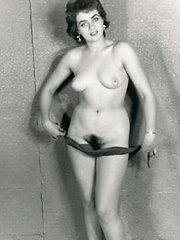 Extremely hairy vintage babes pics